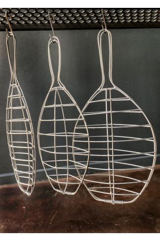 grille de cuisson moyenne poisson entier à la braise